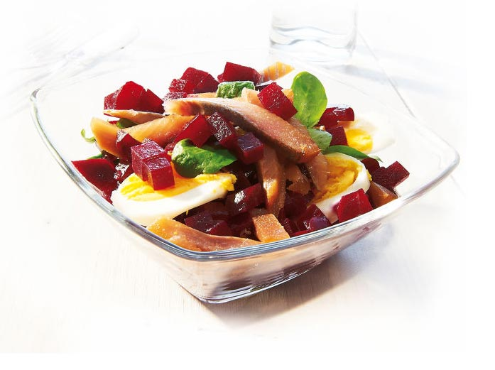 Salade harengs aux betteraves rouges